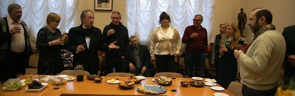 Зураб Пачулия  организатор выставки художников в Дипломатической Академии МИД РФ март 2013 г.