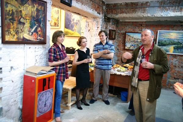 Выставка Ксении Черномор художник Зураб Пачулия с приветственным словом