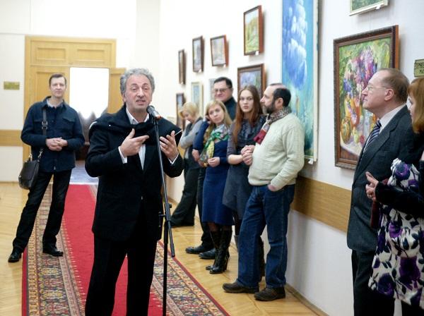 """Выступление Зураба Пачулии  на выставке  """"Весенние аккорды"""""""