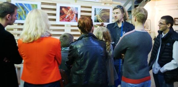 Творческая мастерская Рябичевых Выставка Геннадия Немых, лето, 2012 г.