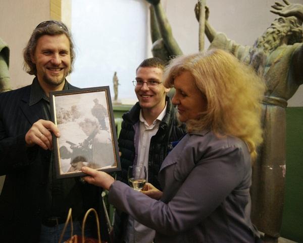 Творческая мастерская Рябичевых Выставка Геннадия Немых