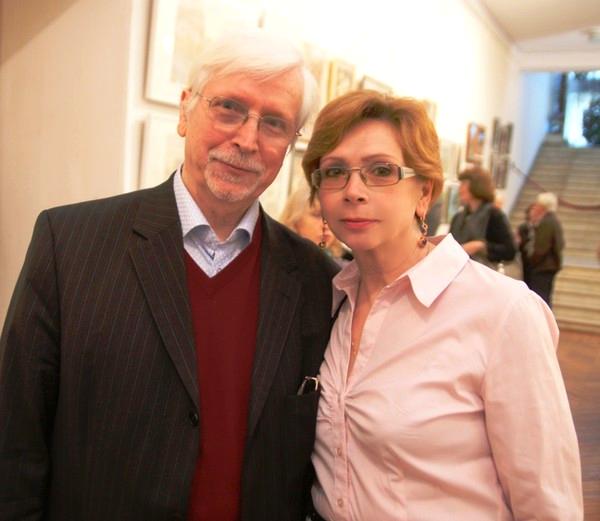 Виктор Федорович Орловский со своей сестрой  на выставке в Доме Архитектора