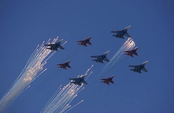 Парад Победы.  9 мая, 2013 год   Фото:  Дмитрий Коробейников,  Москва, Красная Площадь