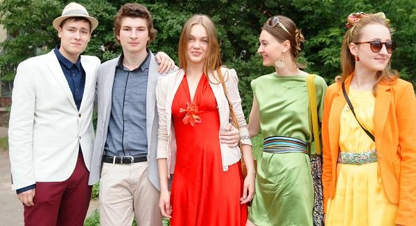 Выпускники Лицея  перед вручением аттестатов,  23.июня, 2013 г.