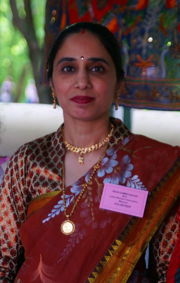 Индийское Посольство член Ассоциации индийских женщин в Москве
