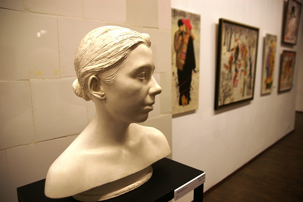 Скульптор  Максим Аксенов