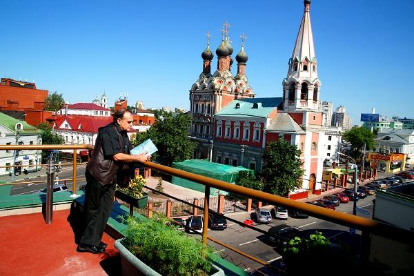 Художник Леонид Васильевич Козлов фото: Александра Загряжская,  2010 г.