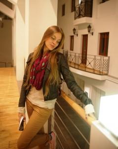 Даниэла Рябичева (Творческая Мастерская Рябичевых) – автор дизайн-проекта витрин Библиотеки имени Андрея Вознесенского