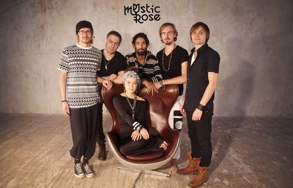 Азиза Ибрагимова  группа  Mystic Rose