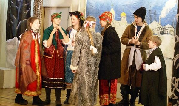"""Это уже история Актеры Театра """"Колорит"""" Спектакль  """"Ночь перед Рождеством"""" 2006 г."""