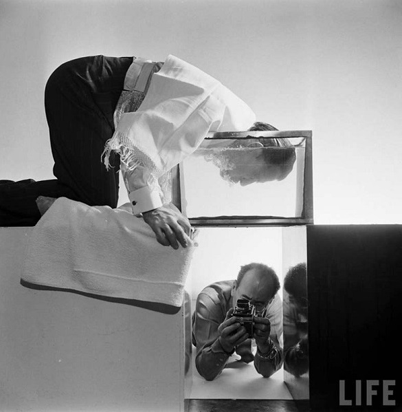 Сальвадор Дали на съемках у Филиппа Халсмана, 1954 г.