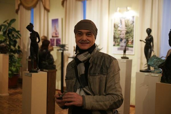 Скульптор  Игорь Пономарев