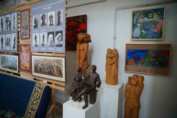 Творческая Мастерская  Рябичевых  скульптура Александра Рябичева