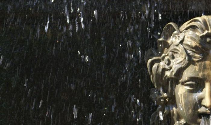Фрагмент  фонтана  в Петергофе фото  А.З.  Арт-Релиз.РФ