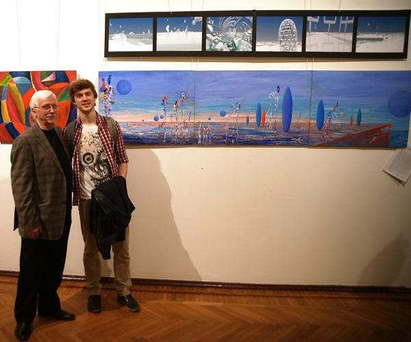 Участники выставки  профессор  Виктор Федорович Орловский  и студент МАРХИ  Филипп Орловский