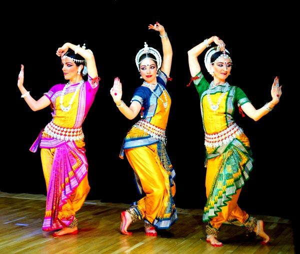 Танцовщицы Индия