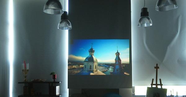 Картина видеоарта, снятая Геннадием в путешествии по России Открытие выставки фотографий  кинооператора и сценариста Геннадия Немых  в студии дизайна BriArt 11 июня 2014 г.
