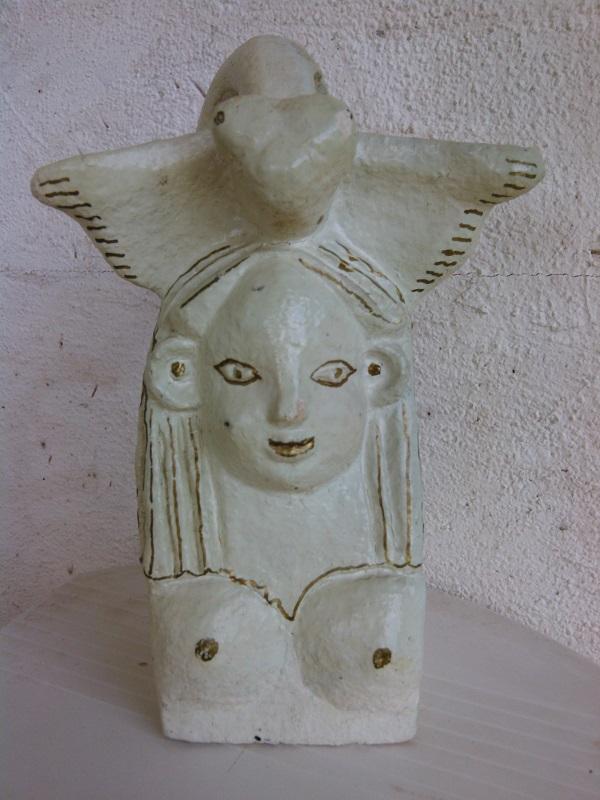 Маргарита Юркова керамика Греческие, критские мотивы присутствуют и в самых ранних работах Маргариты Юрковой.  Еще до графики и задолго до появления критского альбома,  Маргарита вдохновлялась образцами античных мастеров, создавая собственные метафорические образы.