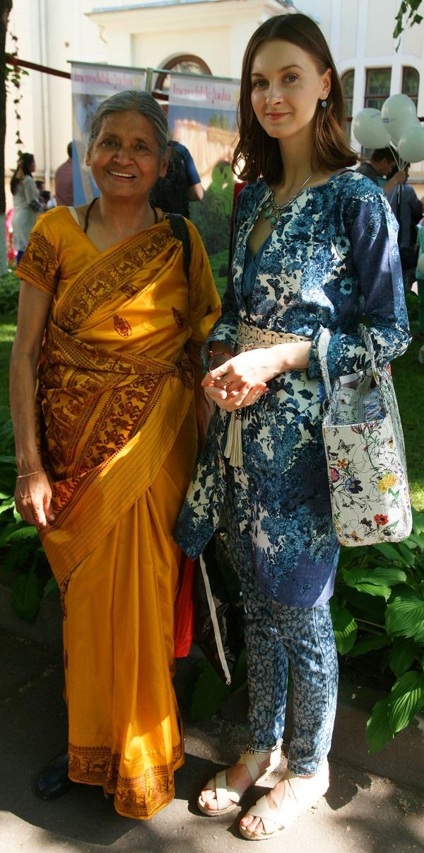 Криша Рой и София Загряжская гости мероприятия Праздник в Культурном Центре им. Джавахарлала Неру.  31 мая 2014 г.