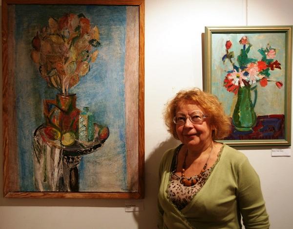 .Ирина Покладова на своей выставке в Музее серебряного века