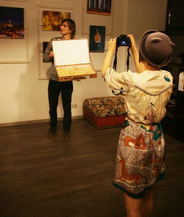 """Коробка с печеньем  """"Мишки-обнимишки с орехами"""" Выставка Кристины Макеевой в Студии дизайна BriArt"""