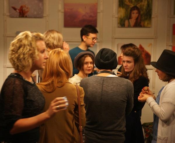 Разговор за чашкой чая Выставка  Кристины Макеевой  в Студии дизайна  BriArt