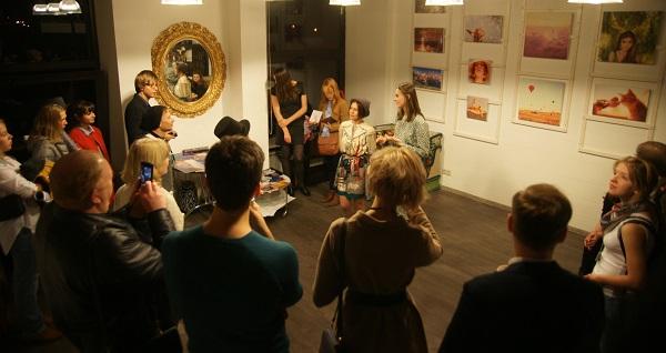 Выставка  Кристины Макеевой  в Студии дизайна  BriArt