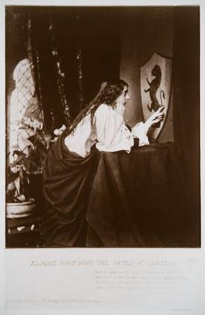 """Г. П. Робинсон.  """"Элейн, созерцающая щит Ланцелота""""  1859 г.   ТОМХ  Выставка в РАХ """"Фотографии викторианской эпохи"""""""
