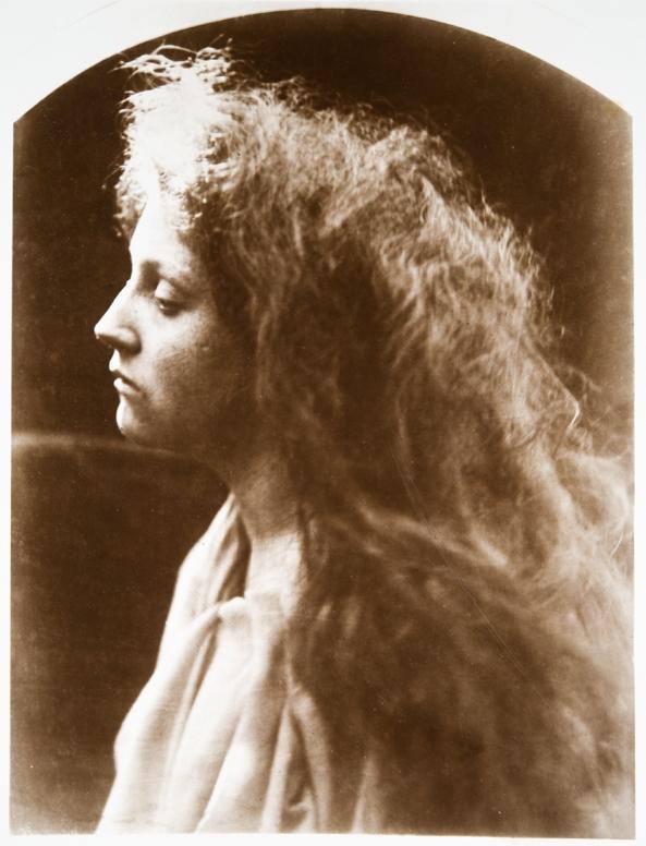 """Д.М. Камерон  """"Ангел у гробницы""""  1869  ТОМХ  Выставка в РАХ """"Фотография викторианской эпохи"""""""
