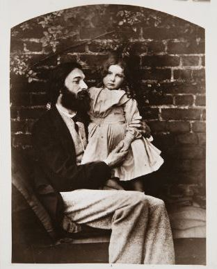"""Ч.Л. Доджсон """" Артур Хьюз с дочерью Агнес""""  1863 г.   ТОМХ  Выставка в РАХ """"Фотография викторианской эпохи"""""""