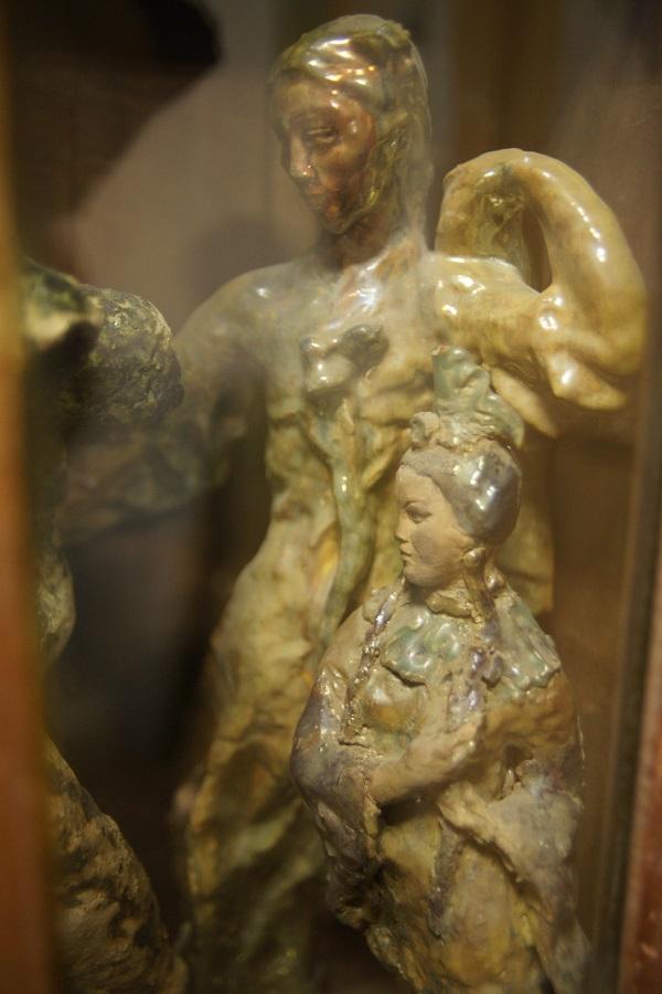 записки о художниках АРТ-РЕЛИЗ.РФ, Ираида Маркелова скульптура в мастерской