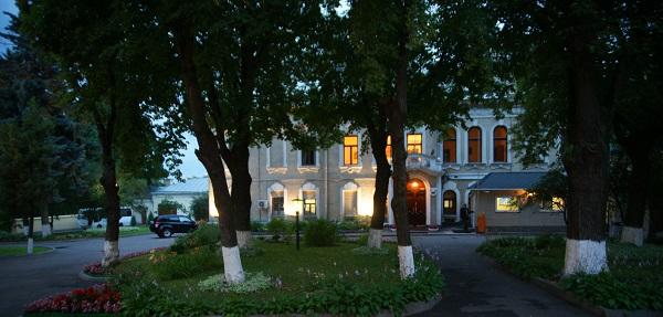 Культурный центр  имени Джавахарлала Неру Москва, ул.Воронцово Поле