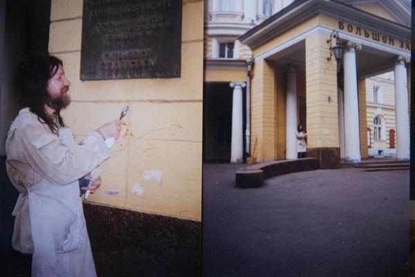 Записки о художниках АРТ-релиз.РФ, Александр Володин за работой (фото 6)