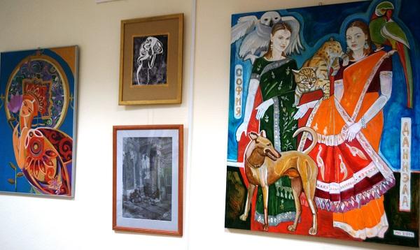 """В рамках проекта  """"Осознание сотворчества""""  Маргариты Юрковой  пройдут творческие встречи, круглые столы, выставки, в том числе экспозиция """"В кругу друзей"""", в которую войдут работы коллег автора, современных художников, единомышленников в искусстве."""