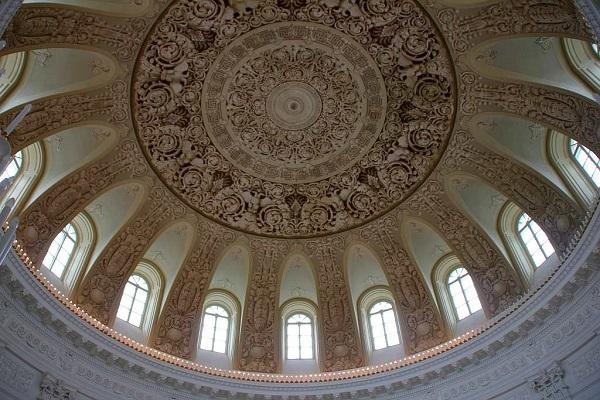 Купол Круглого зала Петровского Путевого дворца после реставрации