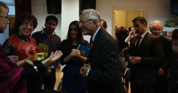 Посол Республики Индия в России господин Пунди Шринивасан Рагхаван и режиссер Галина Евтушенко с коллегами