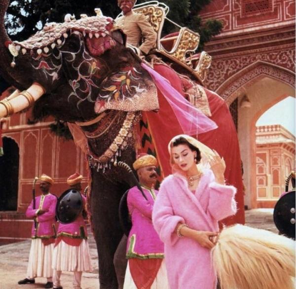 Индийская мода.