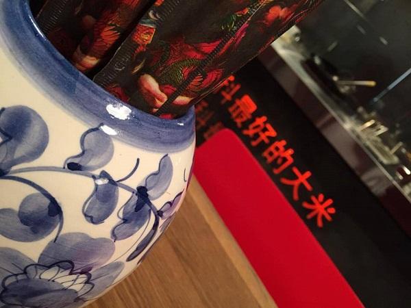 """Китай Чи новый паназиатский проект  от создателей «Тануки» в модном интерьере вкусная еда Мы зашли и нам понравилось! Авторы рубрики «Столица"""" рекомендуют. Фото: Арт-Релиз.РФ"""