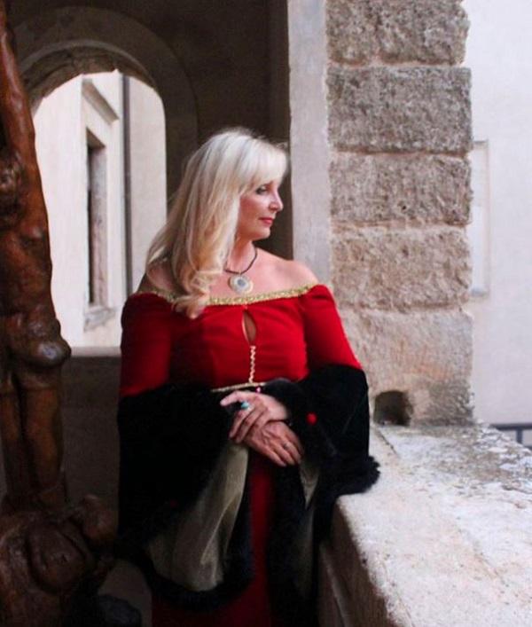 Лариса Белима  в Санта Северине Италия, Калабрия лето, 2015 г.