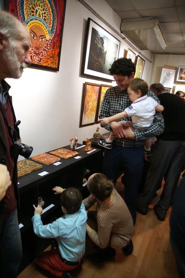 Перед жюри стояла непростая задача -- отбор лучших работ для выставки.  Все дети талантливы!  Все работы -- прекрасны!