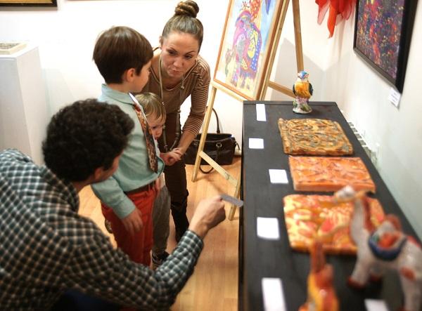 Родители и друзья очень гордятся своими талантливыми детьми!  Юные художники поразили воображение даже взрослых профессионалов!