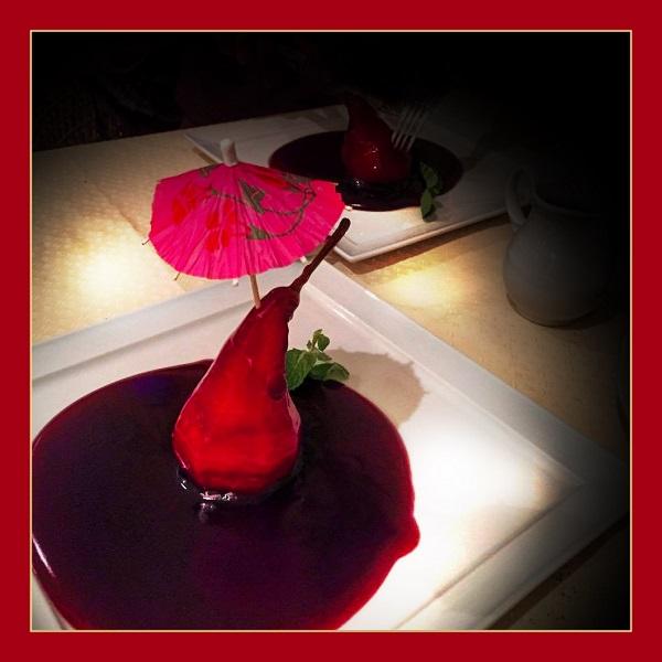 Хинкальная сеть кафе-ресторанов в Москве Десерт «Пьяная груша» Груша отваренная в сиропе из красного вина со сливками 310 руб.