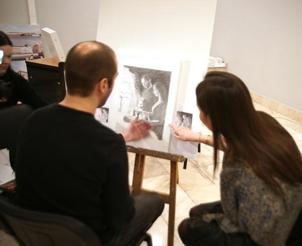 """Проект """"Процесс"""" Павел Блохин работает над эскизом к офорту"""