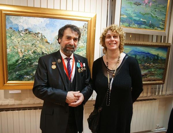 Автор выставки  Карахан Сефербеков  и режиссер, сценарист Анна Медалье