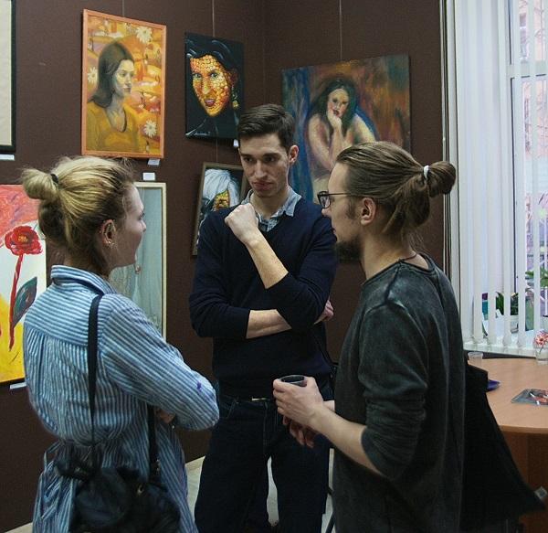 Выставка Женщины и цветы фото 3jpg Арт-Релиз.РФ