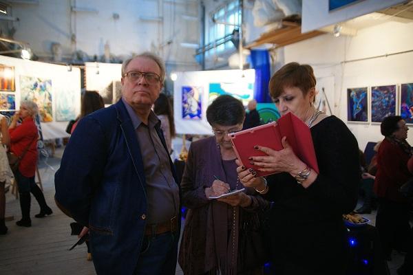 Выставка Через Тернии к Звездам (фото 11) Арт-Релиз.РФ