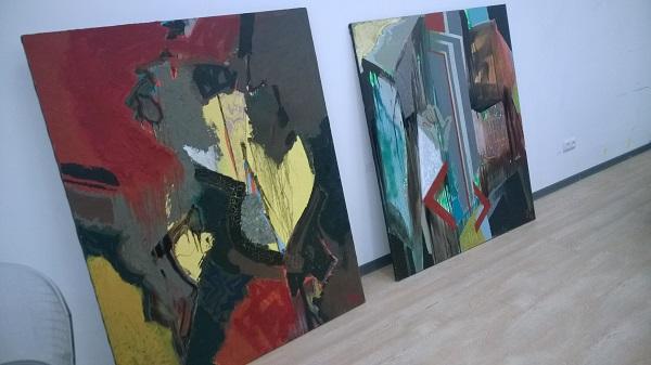 Работы Эдуарда Валериевича Русенко выставка в процессе монтажа