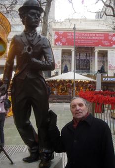 Александр Гордон  режиссер, сценарист, писатель