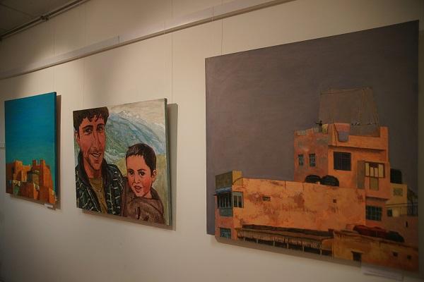 На открытии выставки Ольги Коноровой в Культурном центре имени Джавахарлала Неру
