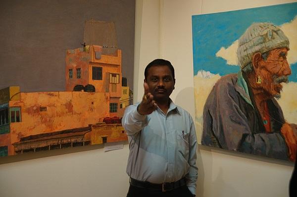 Доктор Суреш Бабу на открытии выставки Ольги Коноровой в Культурном центре имени Джавахарлала Неру